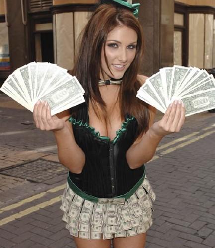 Шаблон для фото женский - с деньгами в руках