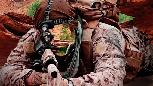 Шаблон для фотошопа  - Снайпер на позиции в горах