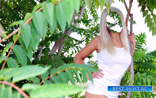 PSD шаблон - Фотосессия блондинки на природе