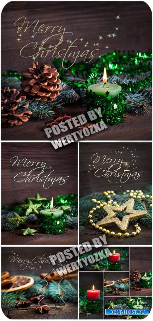 Рождественские фоны с елкой, шишками и свечами / Christmas background - stock photos