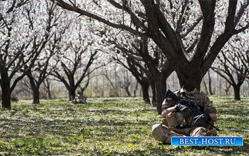 Шаблон для фото - Солдат в саду