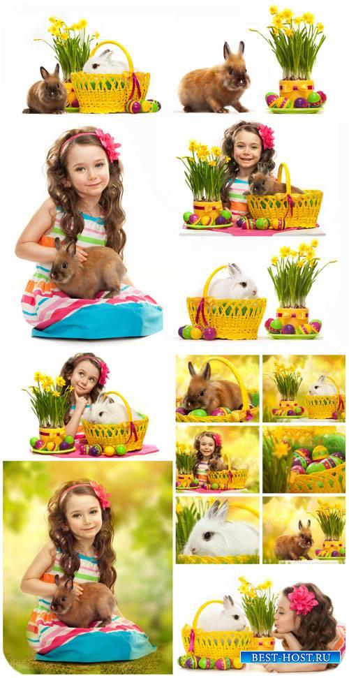 Пасха, девочка с пасхальным кроликом / Easter girl with Easter bunnies - St ...