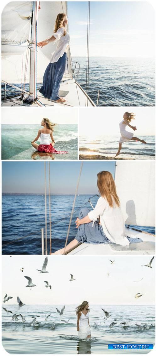 Девушка на яхте, море / Girl on a yacht, the sea - Stock Photo