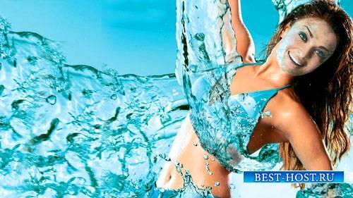 PSD шаблон для девушек - В объятьях воды