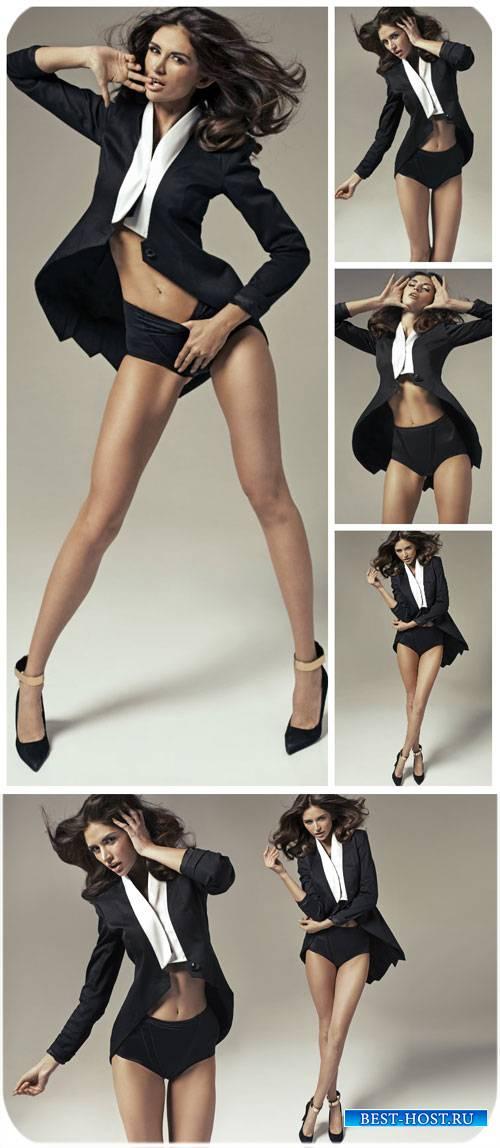 Девушка в черном жакете / Girl in a black jacket - Stock photo