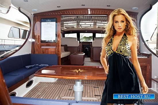Женский фотошаблон - В каюте своей яхты