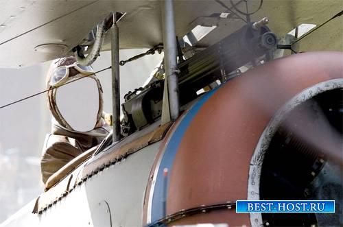 Мужской шаблон - Пилот за штурвалом в самолете