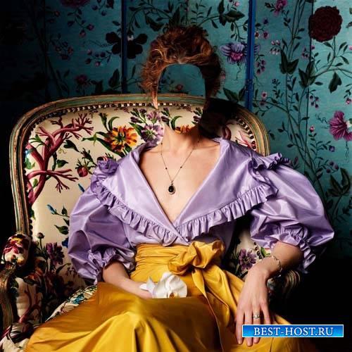 Photoshop шаблон - Барышня сидя в кресле в платье