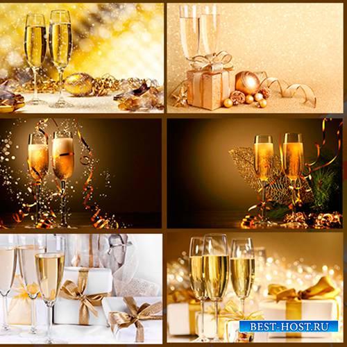 Фото бокалов с шампанским - Новый Год