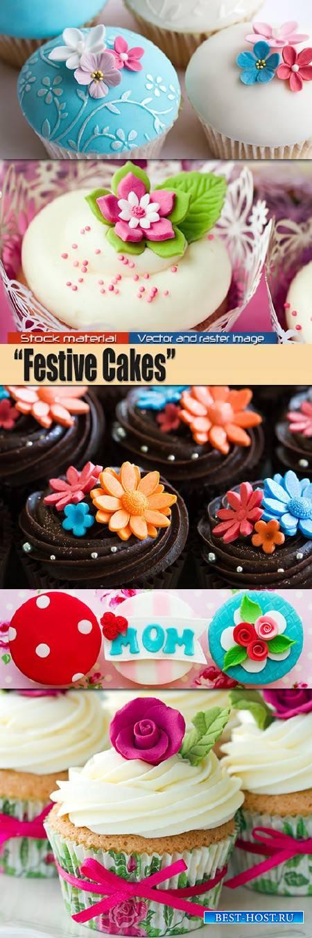 Праздничные кексы с красивыми цветами