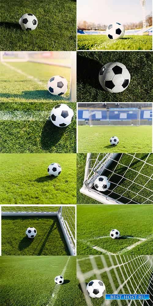 Футбольный мяч в игре - Клипарт / Football in the game - Clipart