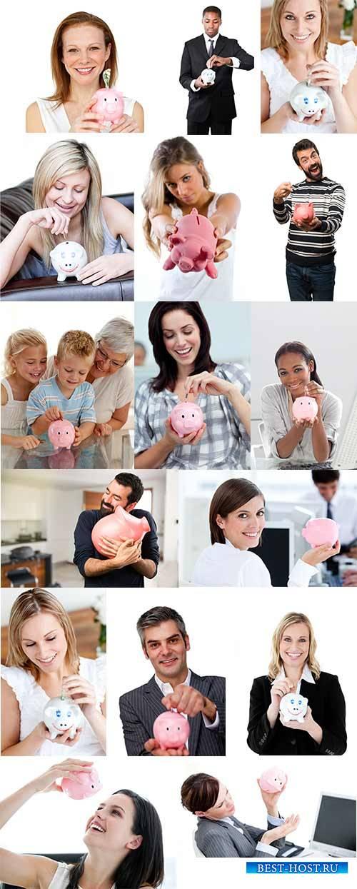 Люди с копилкой - Растровый клипарт / People with piggy bank - Raster clipart