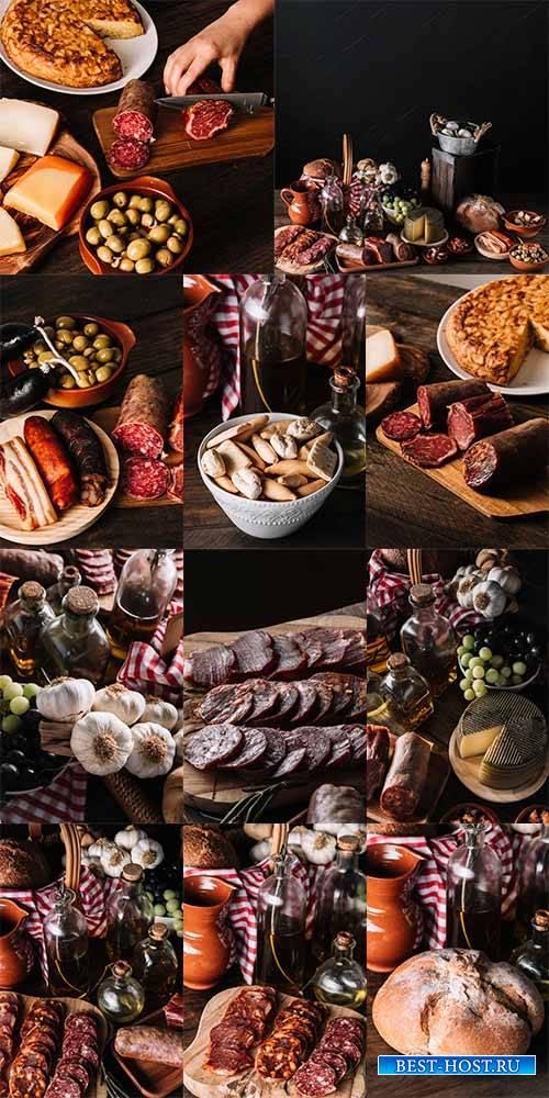 Копчённости и хлеб - Растровый клипарт / Smoked Meat and Bread - Raster cli ...