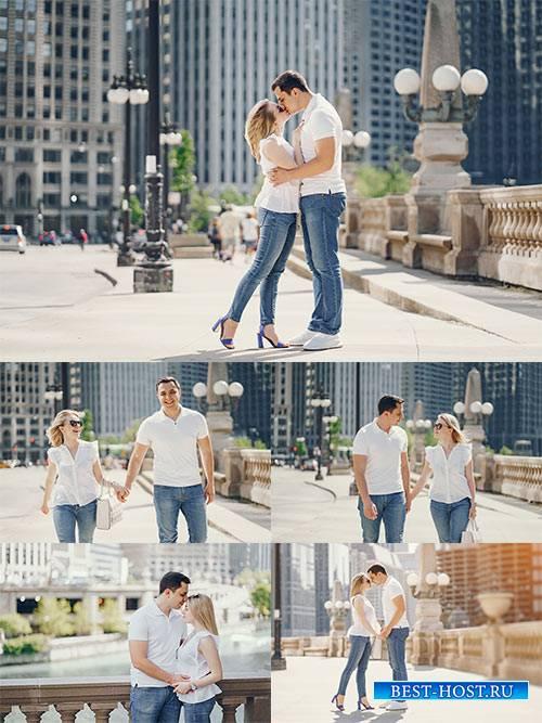 Влюблённая пара - Растровый клипарт / Loving couple - Raster clipart