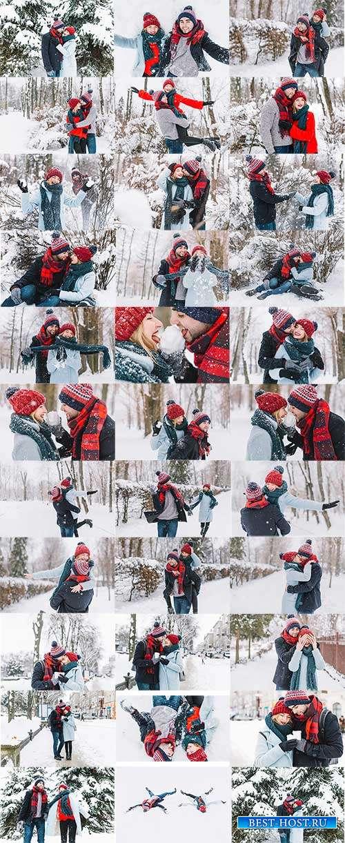 Влюблённая пара на прогулке в зимнем лесу - Фотоклипарт