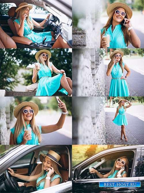 Счастливая женщина - Фотоклипарт