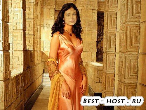 Шаблон для фотошоп - девушка в платье возле колон