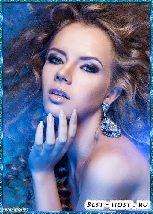 Женский psd шаблон - Девушка с длинными волосами в голубом сиянии