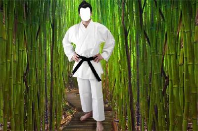 Шаблон Японский мужчина в бамбуковой роще