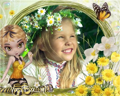 Летняя рамочка для фотошопа с цветами, бабочкой и девочкой пчёлкой