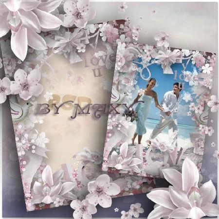 Рамка с нежными цветами и сердечками - Голубки