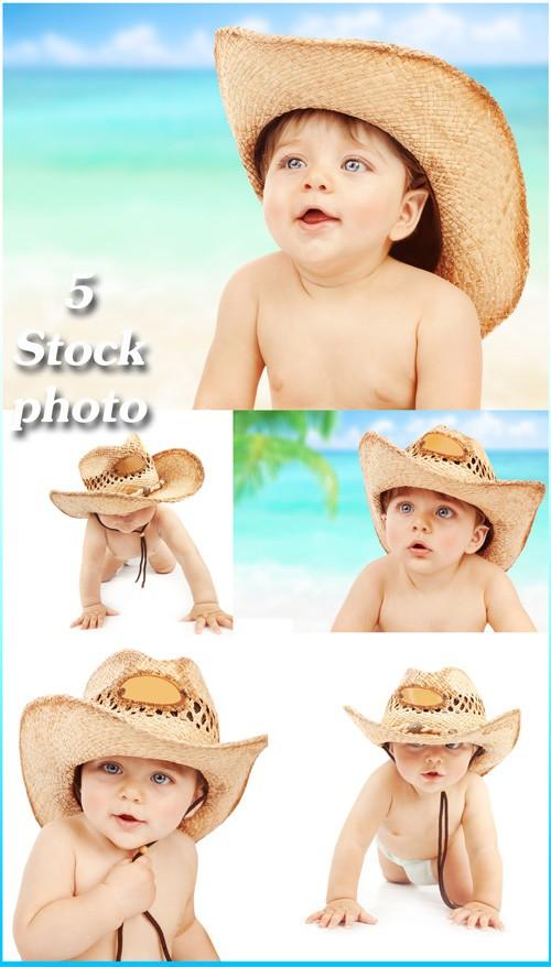 Малыш в ковбойской шляпе - растровый клипарт