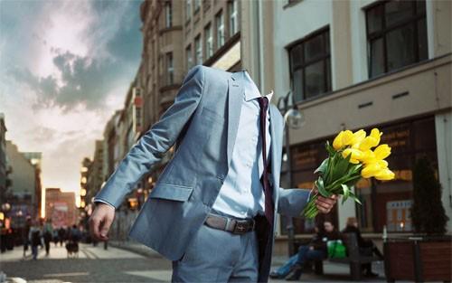 Шаблон мужской - Возлюбленный спешит с цветами к девушке