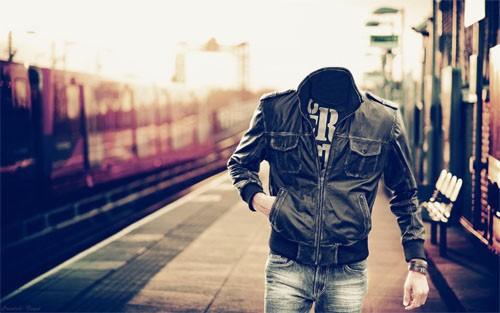 Шаблон psd - Пройтись по перрону на вокзале