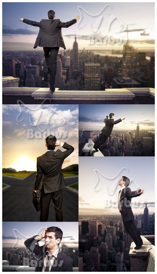 The person on a skyscraper roof / Человек в костюме на крыше небоскреба