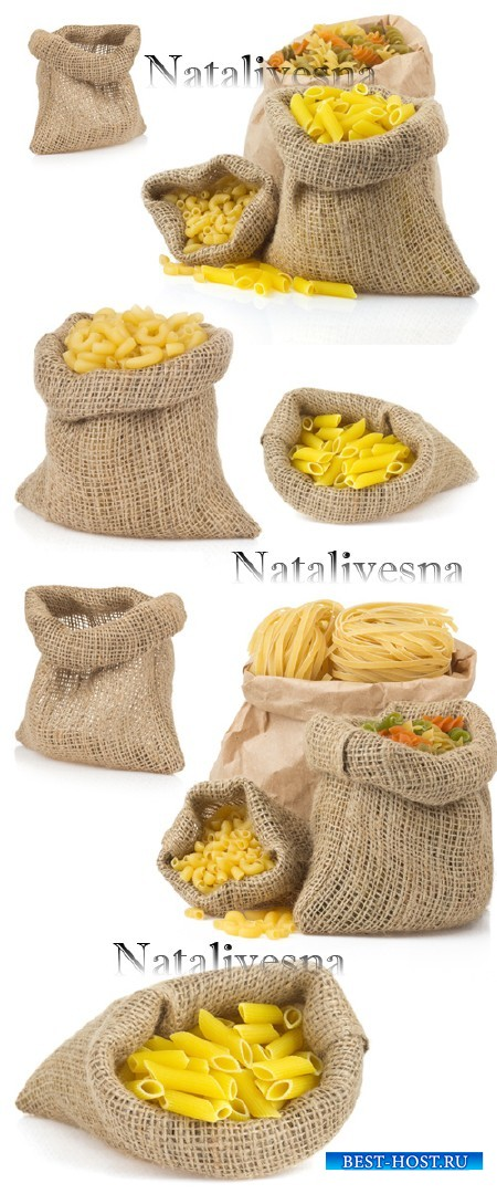 Макаронные изделия в мешочках  на белом фоне / Pasta in sacks - Stock photo