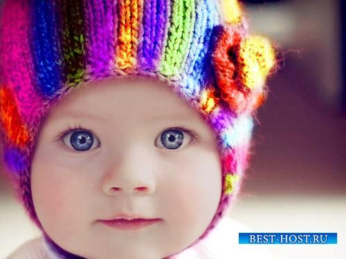 Шаблон для фотошопа - Симпатичная кроха в радужной шапочке