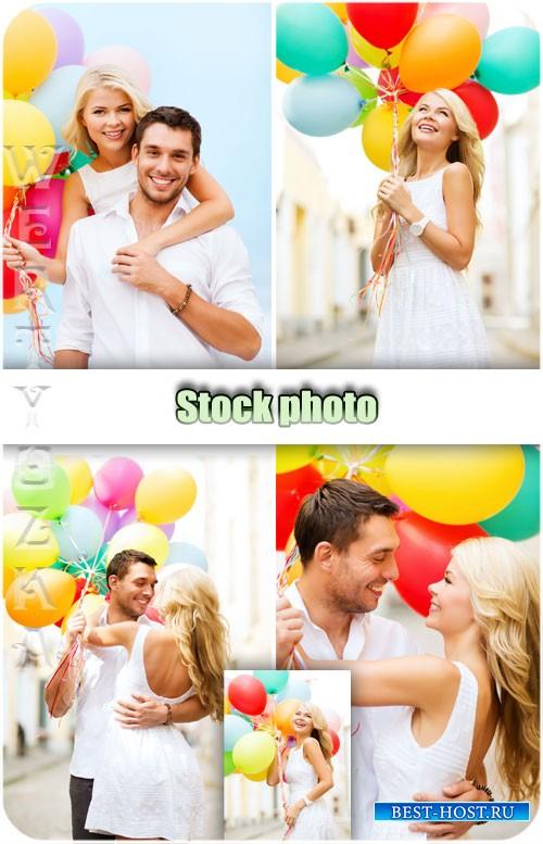 Пара с воздушными шариками / Couple with balloons - Raster clipart