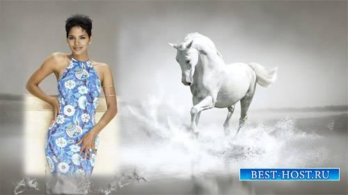 Рамка psd - Белая лошадь в брызгах воды