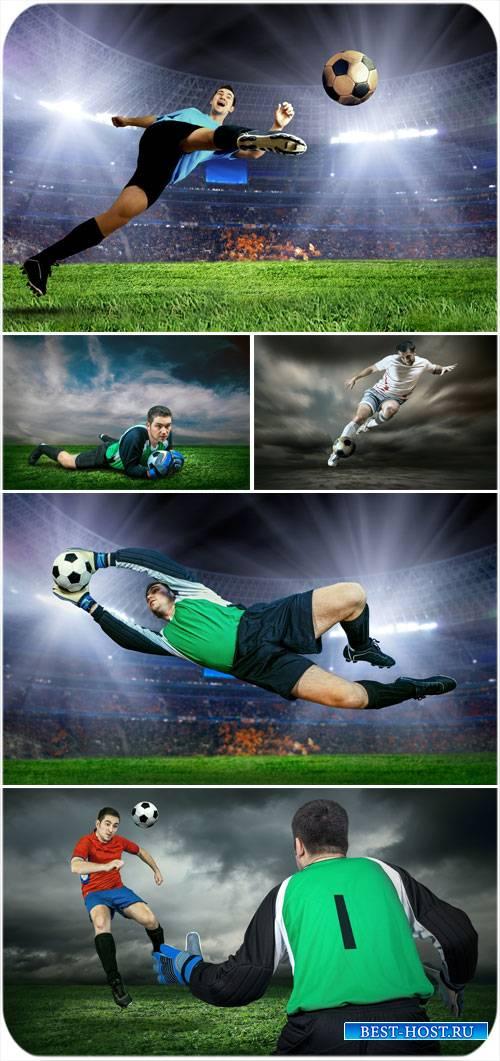 Футбол, футболист с мячом - сток фото