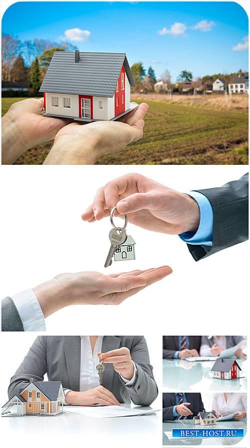 Покупка и продажа дома, недвижимость, бизнес - стоковые фото