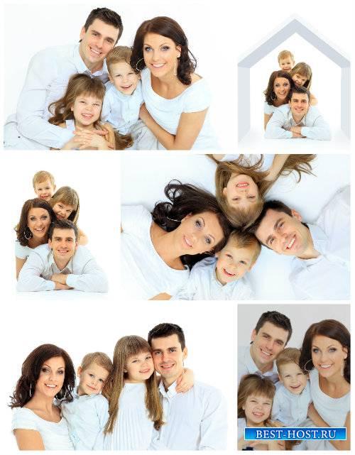 Счастливая семья, родители и дети / Happy family, parents and children - St ...