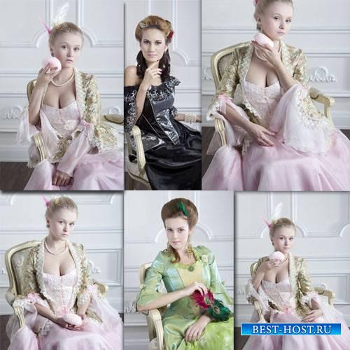 Растровый клипарт - Дамы в красивых нарядах