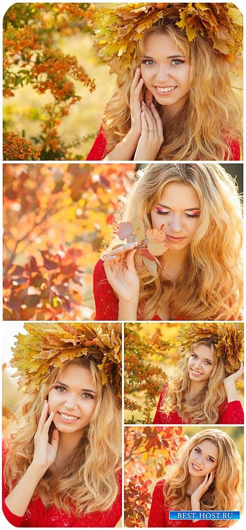 Красивая девушка, осень / Beautiful girl autumn - Stock photo