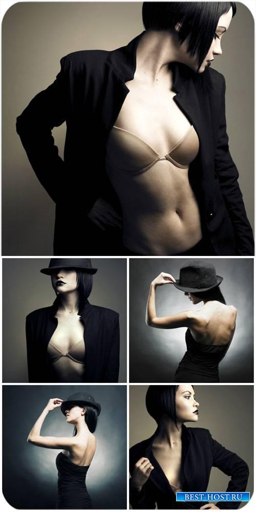 Стильные женщины в черном / Stylish woman in black - Stock photo