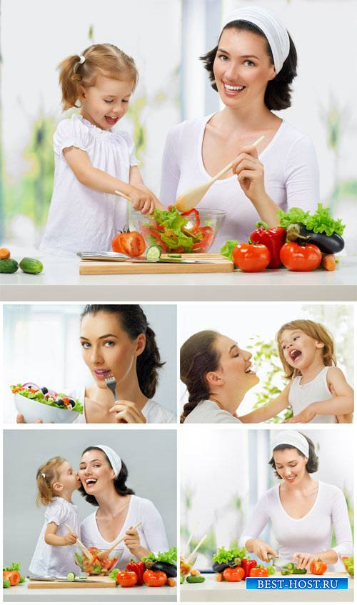 Мама и дочка готовят кушать / Mom and daughter are preparing to eat - Stock ...