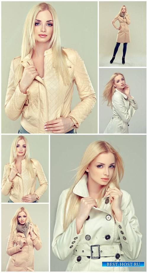 Девушка в куртке / Girl in jacket - Stock photo