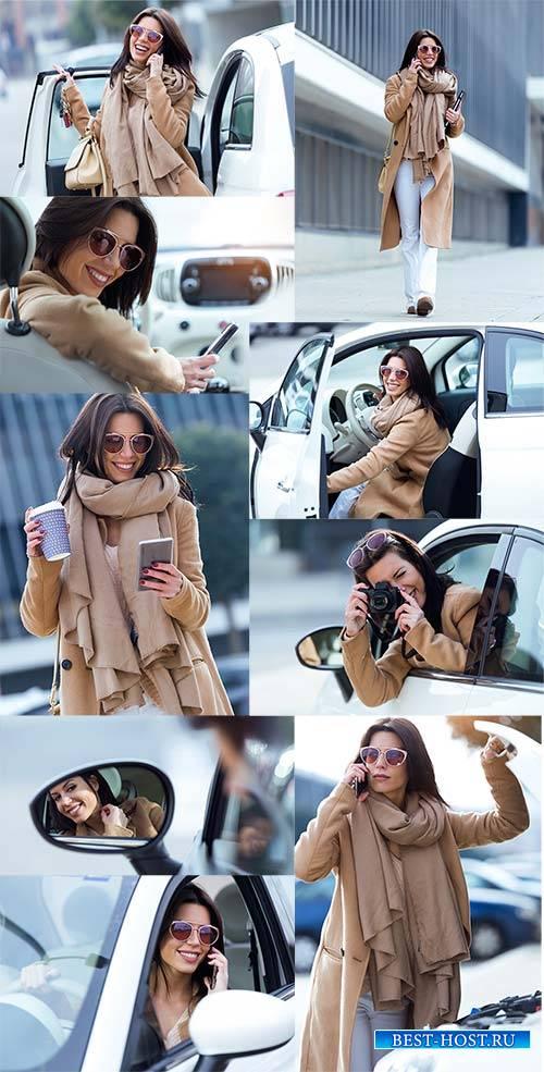 Красивая молодая женщина-водитель - Клипарт / Beautiful young woman driver  ...