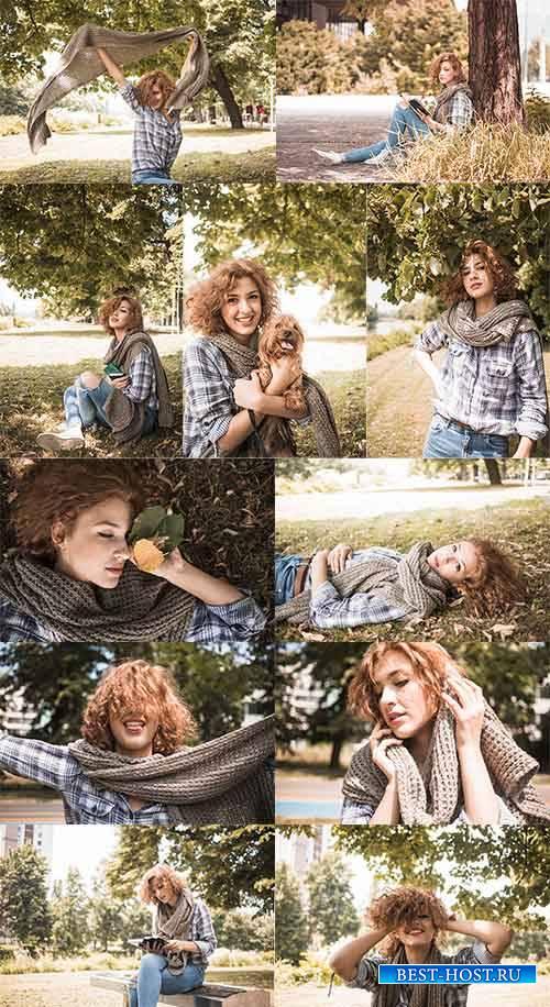 Симпатичная девушка - Растровый клипарт / Nice girl - Raster clipart