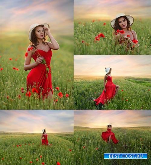 Девушка в красном платье - Растровый клипарт